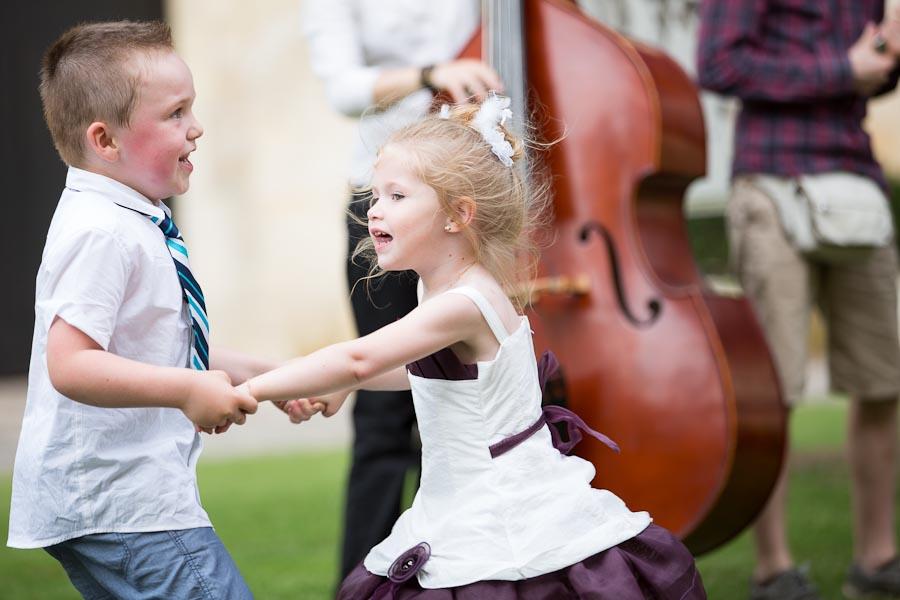 Enfant qui dansent