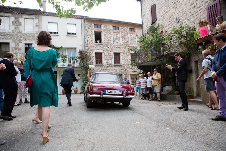 Photographe reportage mariage en Ardèche-89