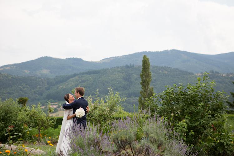 Photographe reportage mariage en Ardèche-93